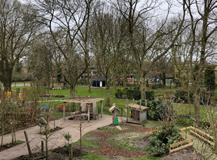 International school vlaskamp outdoor playing grounds during school closure